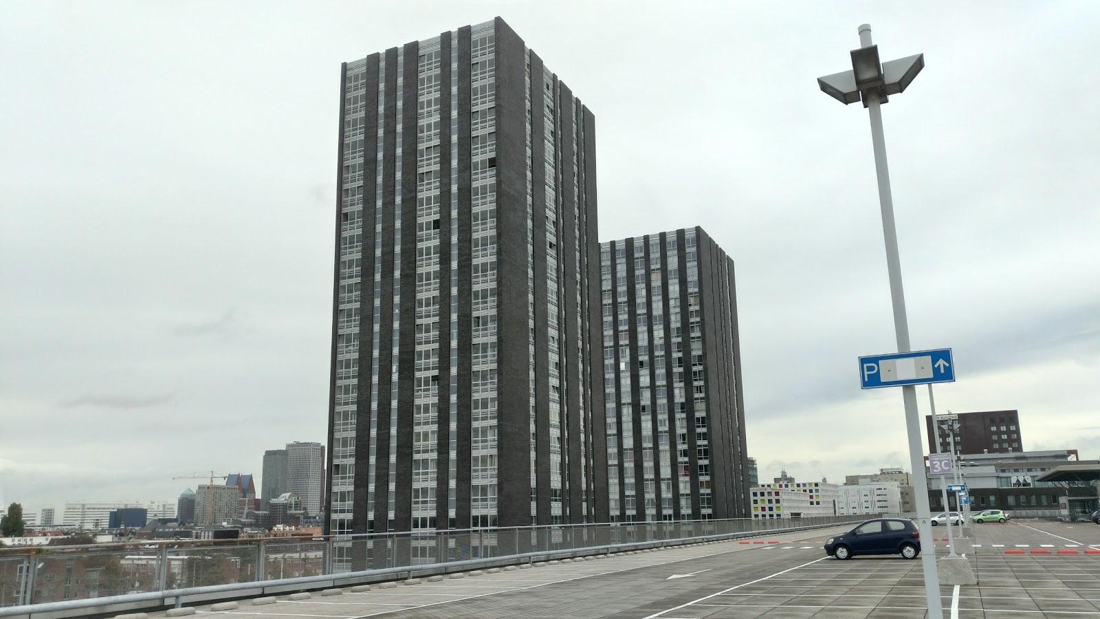 ANWB Parking Megastores Den-Haag accepteert American Express Credit Cards
